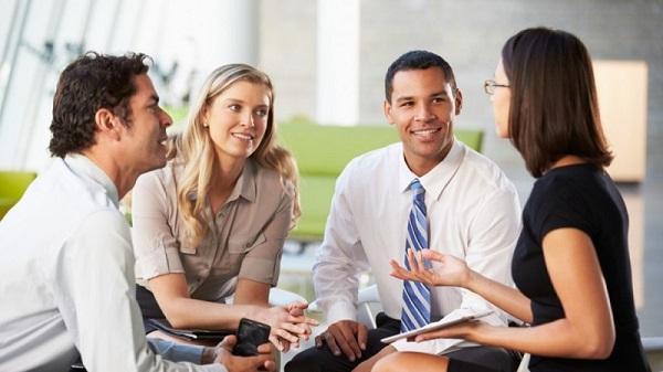 giao tiếp bán hàng, học giao tiếp, nhân viên bán hàng